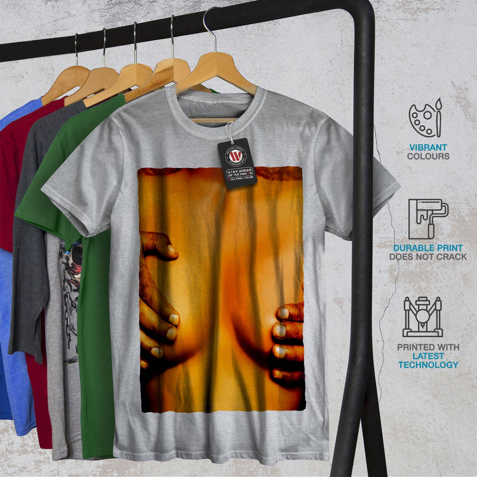 Wellcoda Naked Hot Girl Photo Mens T-shirt, Teen Graphic