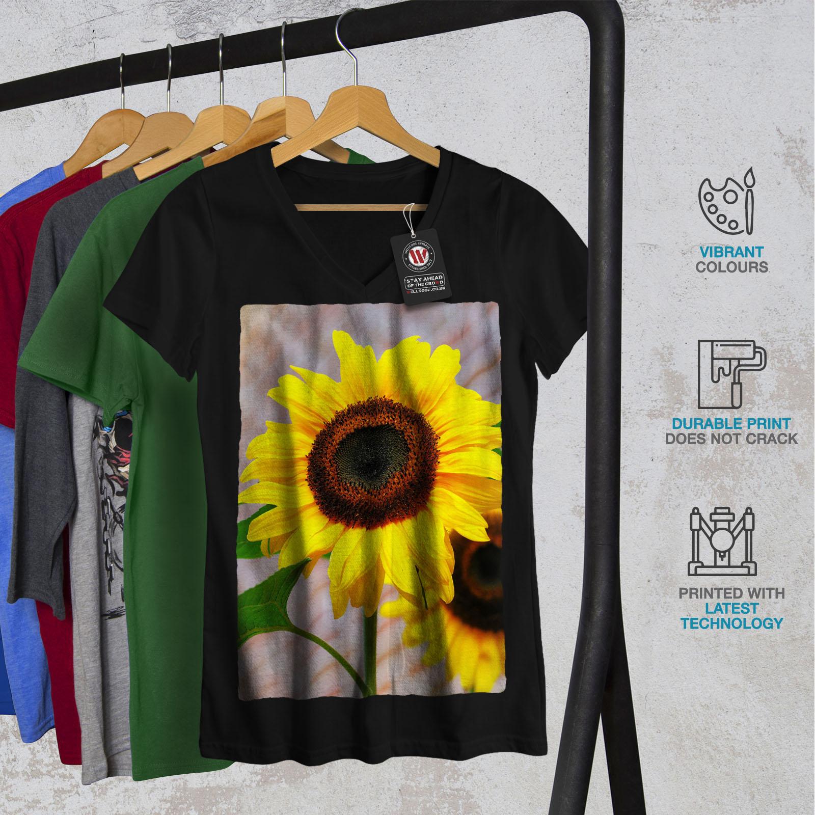 Wellcoda-Sunflower-Photo-Nature-Womens-V-Neck-T-shirt-Nature-Graphic-Design-Tee thumbnail 4