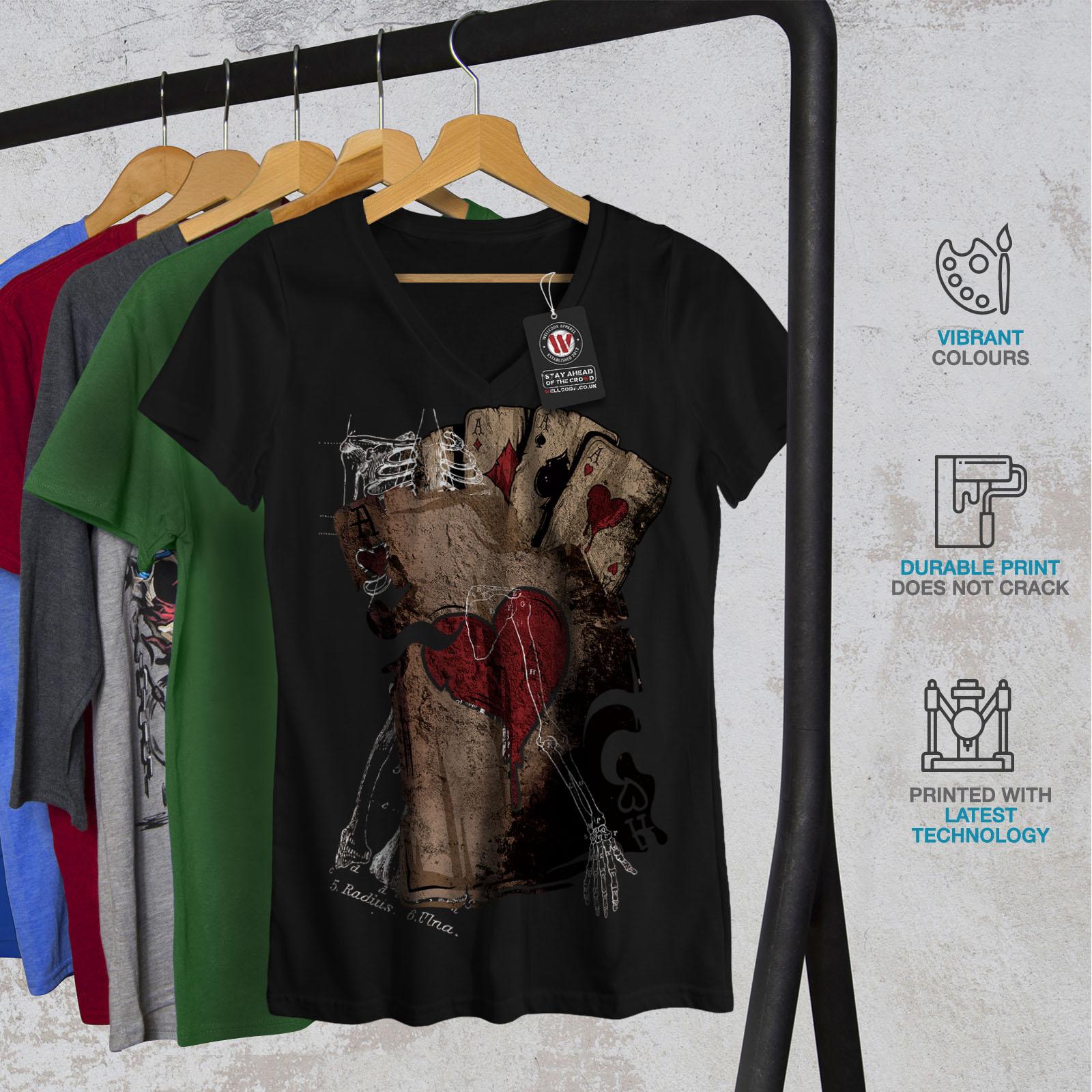 Wellcoda-Poker-Gamble-Squelette-Femme-T-Shirt-col-V-effrayant-conception-graphique-Tee miniature 4